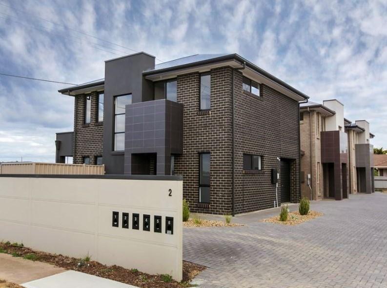 2/2 Geraldton Street, Port Noarlunga South SA 5167, Image 0