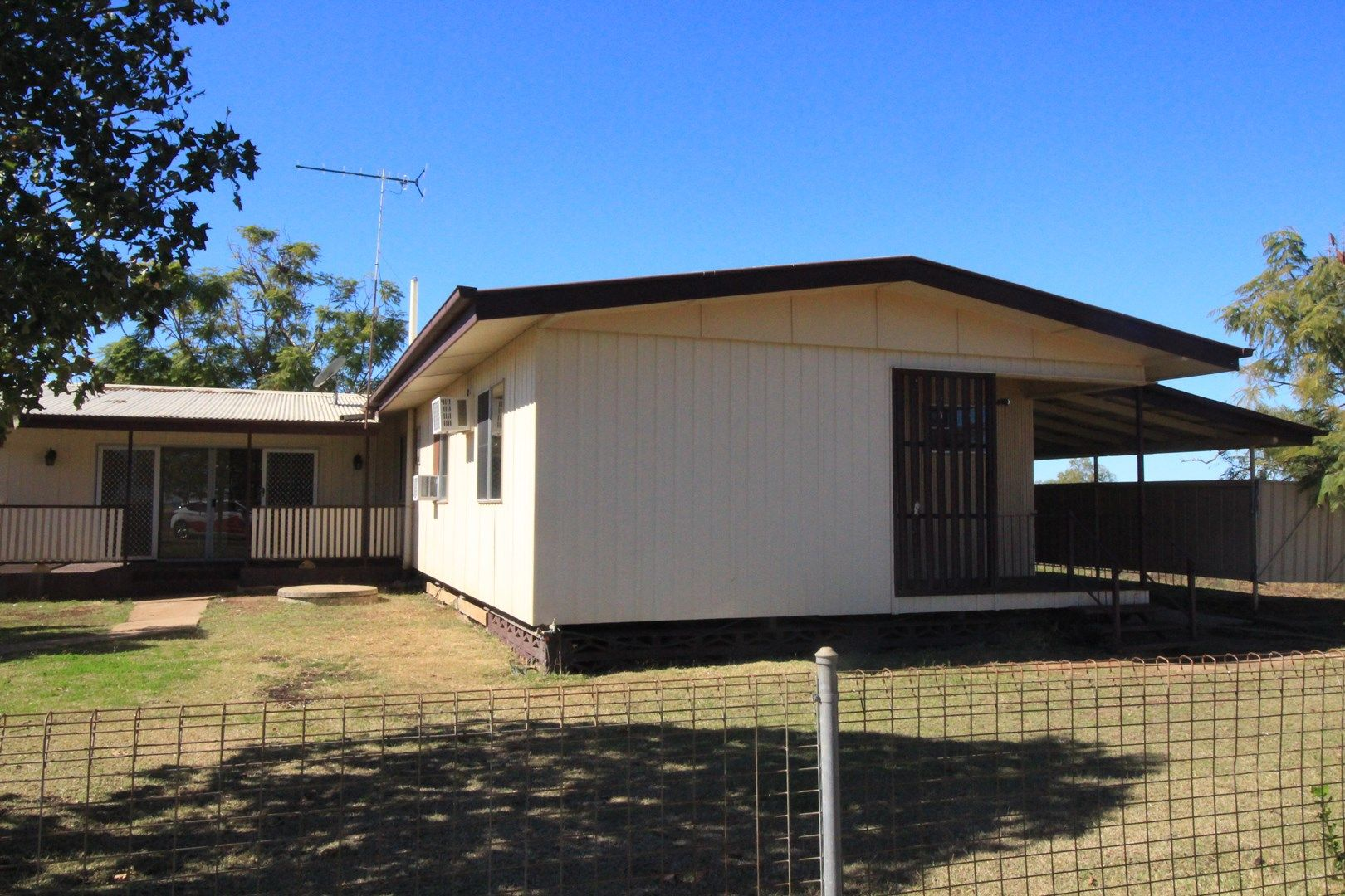 House 1 Gregory Highway, Gindie QLD 4702, Image 0