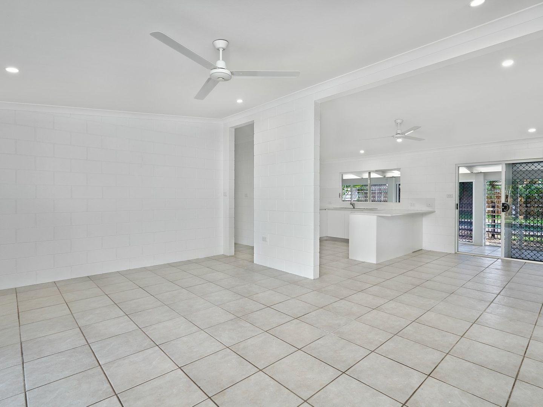 36 Terebra St, Palm Cove QLD 4879, Image 1