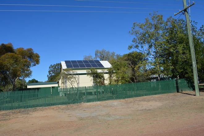 Picture of 31 Hawthorn Street, BLACKALL QLD 4472
