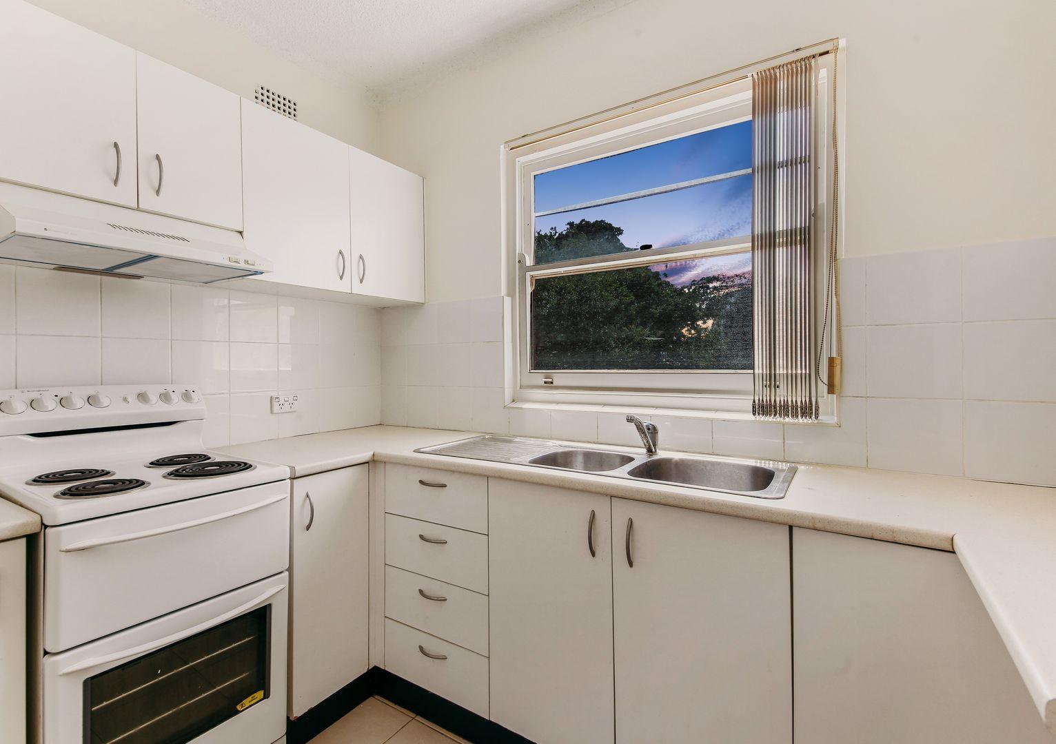 1/14-18 Bennett St, Newtown NSW 2042, Image 2