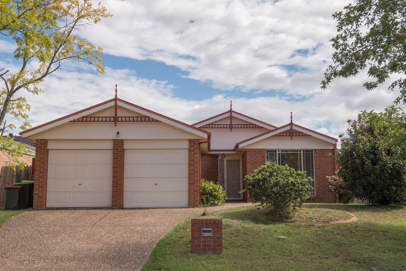 5 Farnborough Court, Wattle Grove NSW 2173, Image 0
