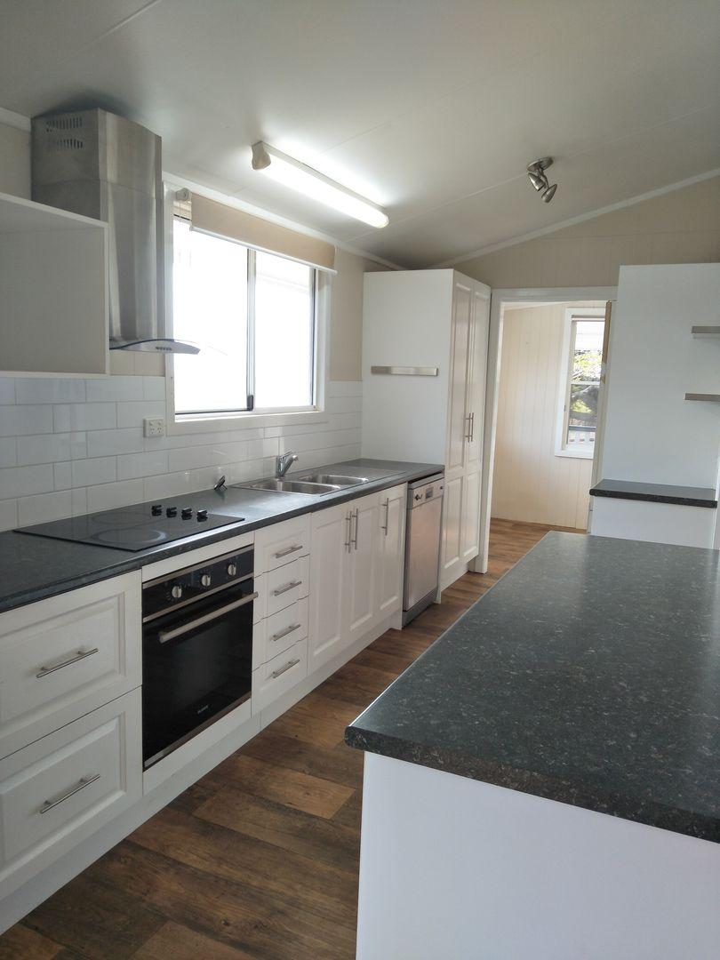 6 Noel St, Childers QLD 4660, Image 2