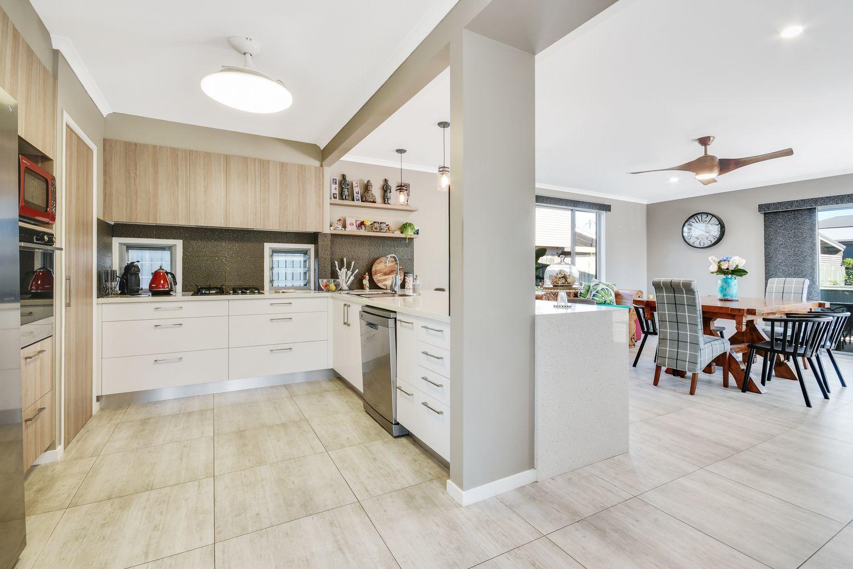 92 Coronation Avenue, Golden Beach QLD 4551, Image 1
