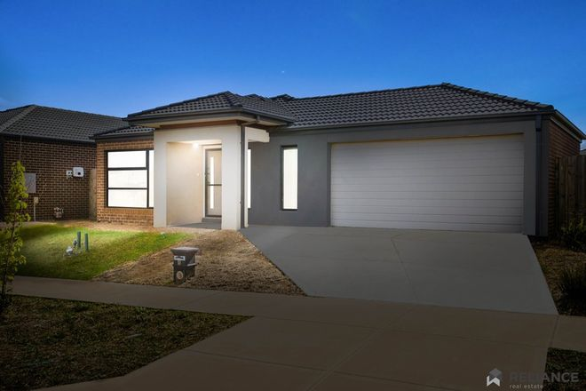 Picture of 8 Toolern Waters Drive, WEIR VIEWS VIC 3338