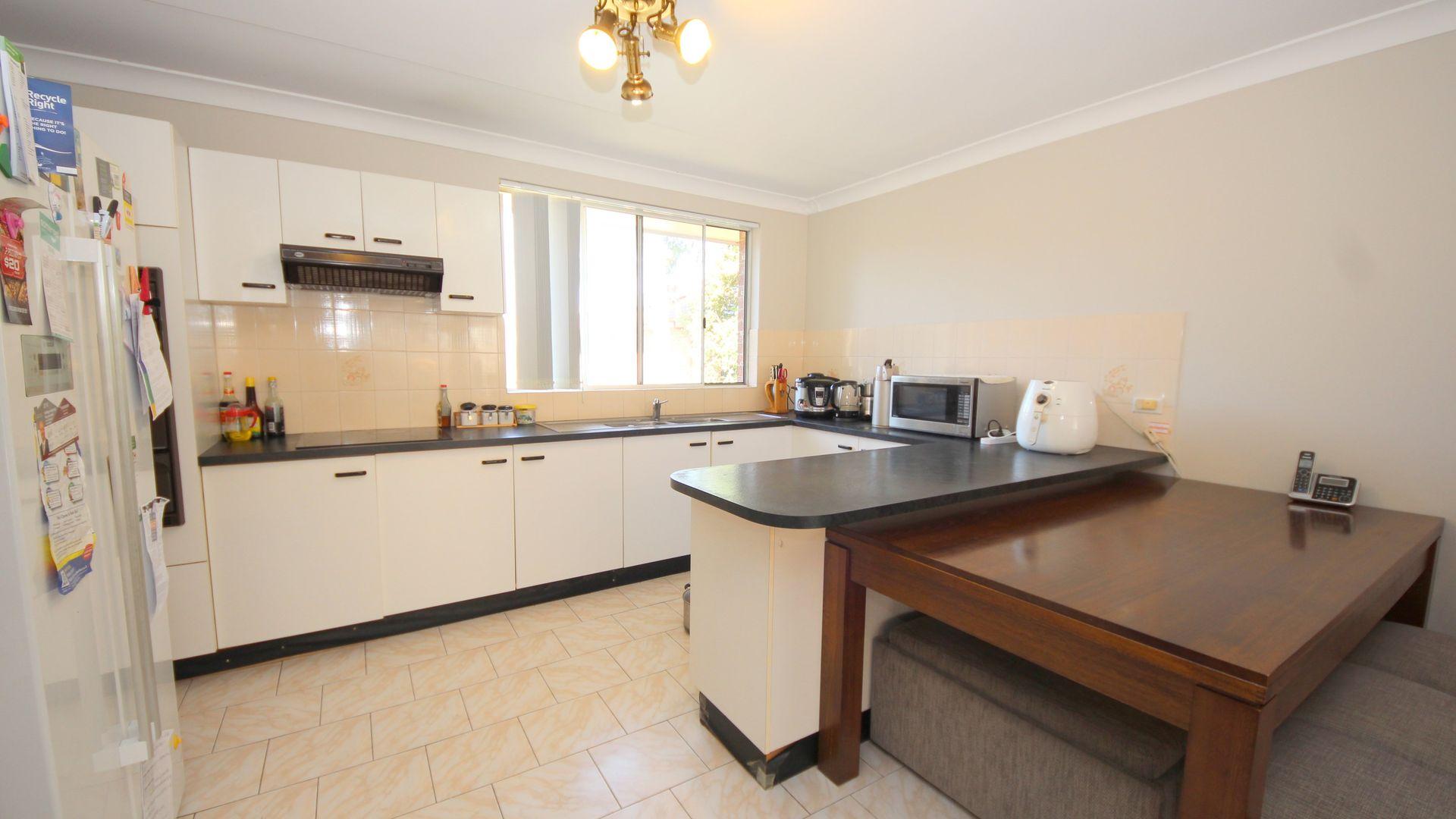 2/19 Dellwood Street, Bankstown NSW 2200, Image 2
