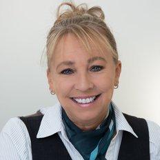 Rowena Kelly, Sales representative