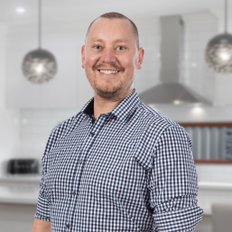 Alister Hosking, Sales representative