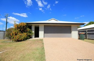 Picture of 1 Wineglass Bay Avenue, Mount Low QLD 4818