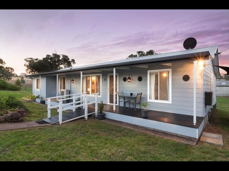 24 Barrack Street, Toogong NSW 2864, Image 0