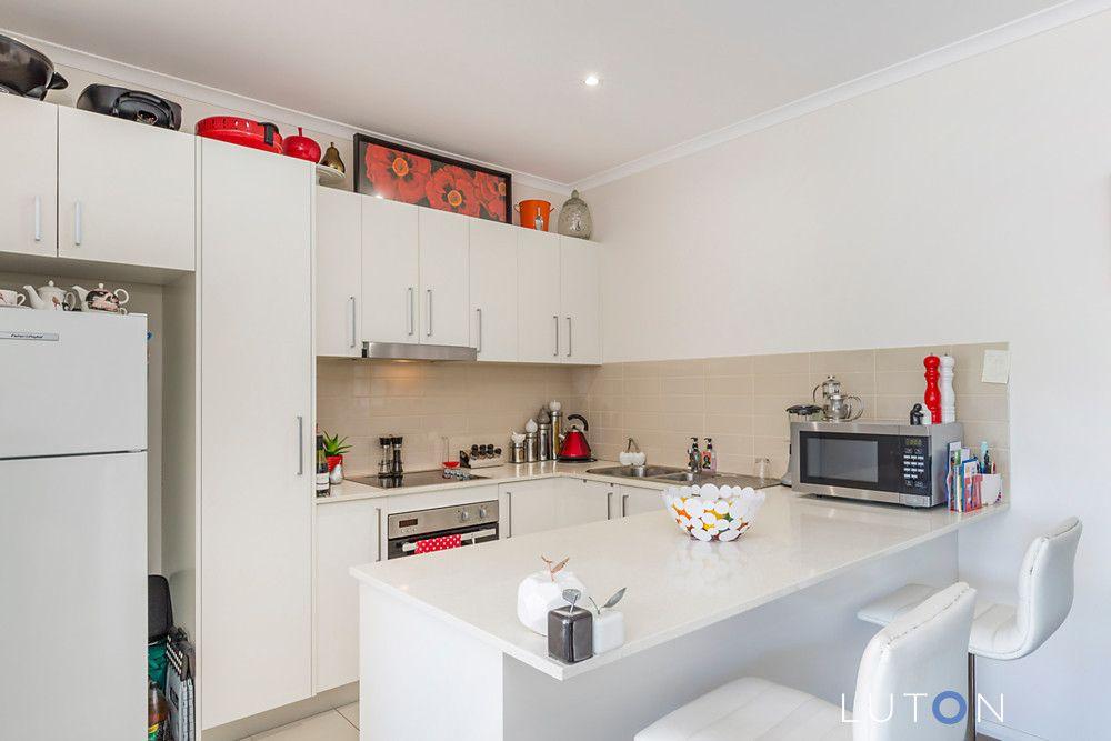 6/10 Tasman Place, Lyons ACT 2606, Image 0