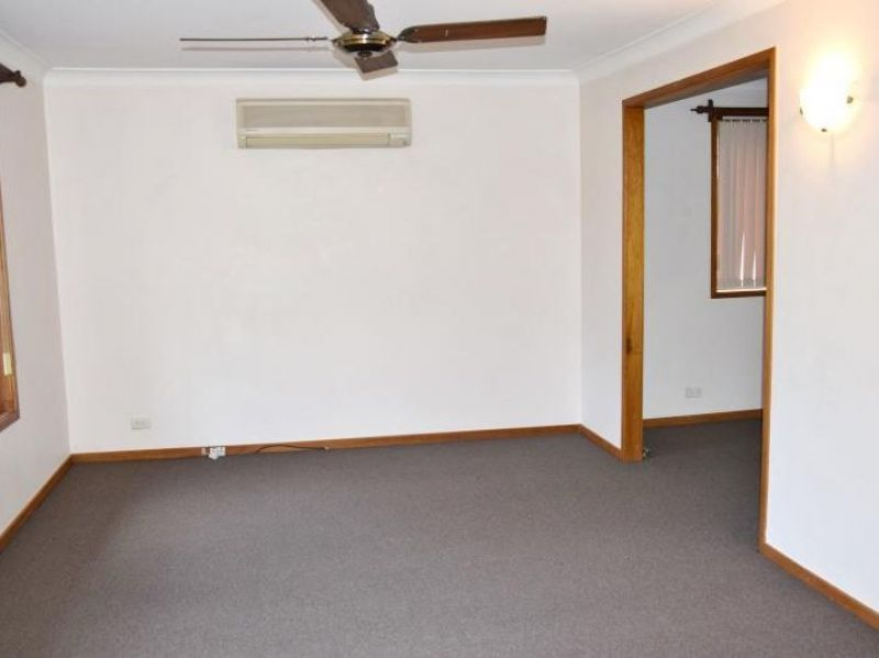 282 Lake Road, Glendale NSW 2285, Image 2