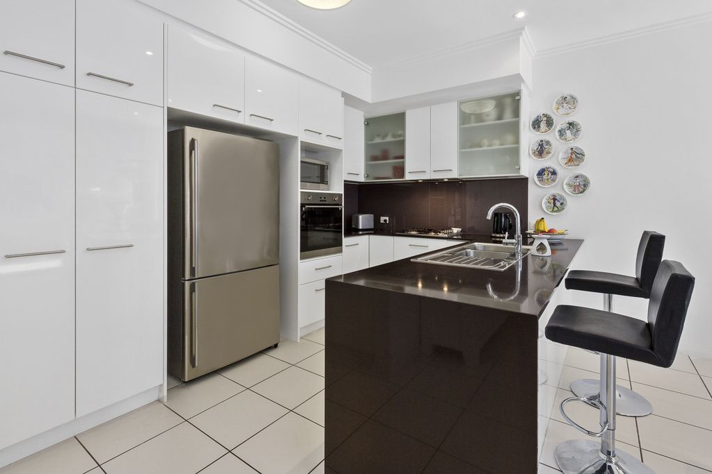 29/1 Manacor Place, Coombabah QLD 4216, Image 2