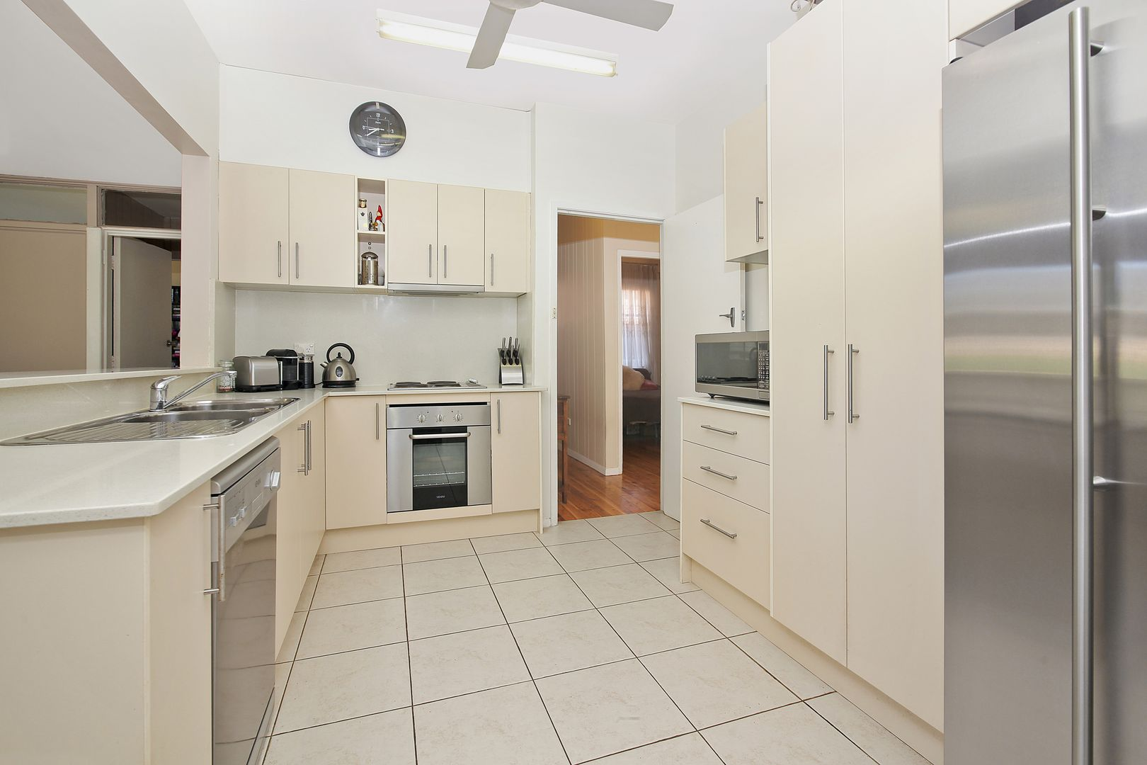 46 Woorak Crescent, Miranda NSW 2228, Image 2