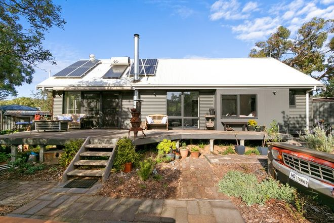 Picture of 22 Banksia Avenue, GOLDEN BEACH VIC 3851