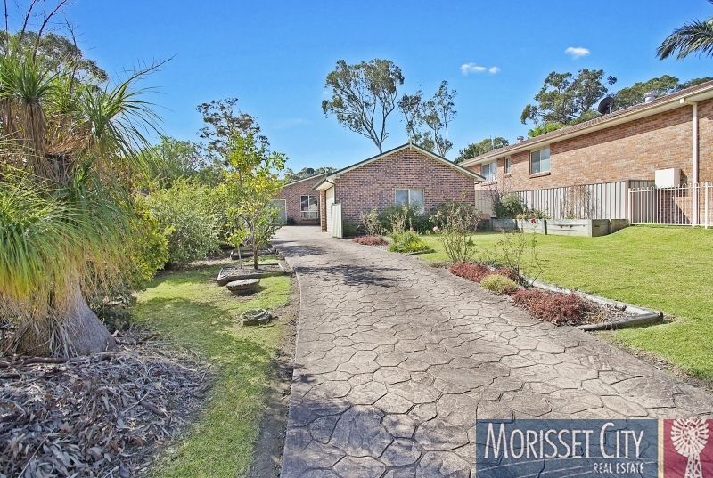 11 Churchill Crescent, Windermere Park NSW 2264, Image 1