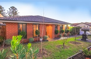 Picture of Unit 1/5 Station Street, Lang Lang VIC 3984