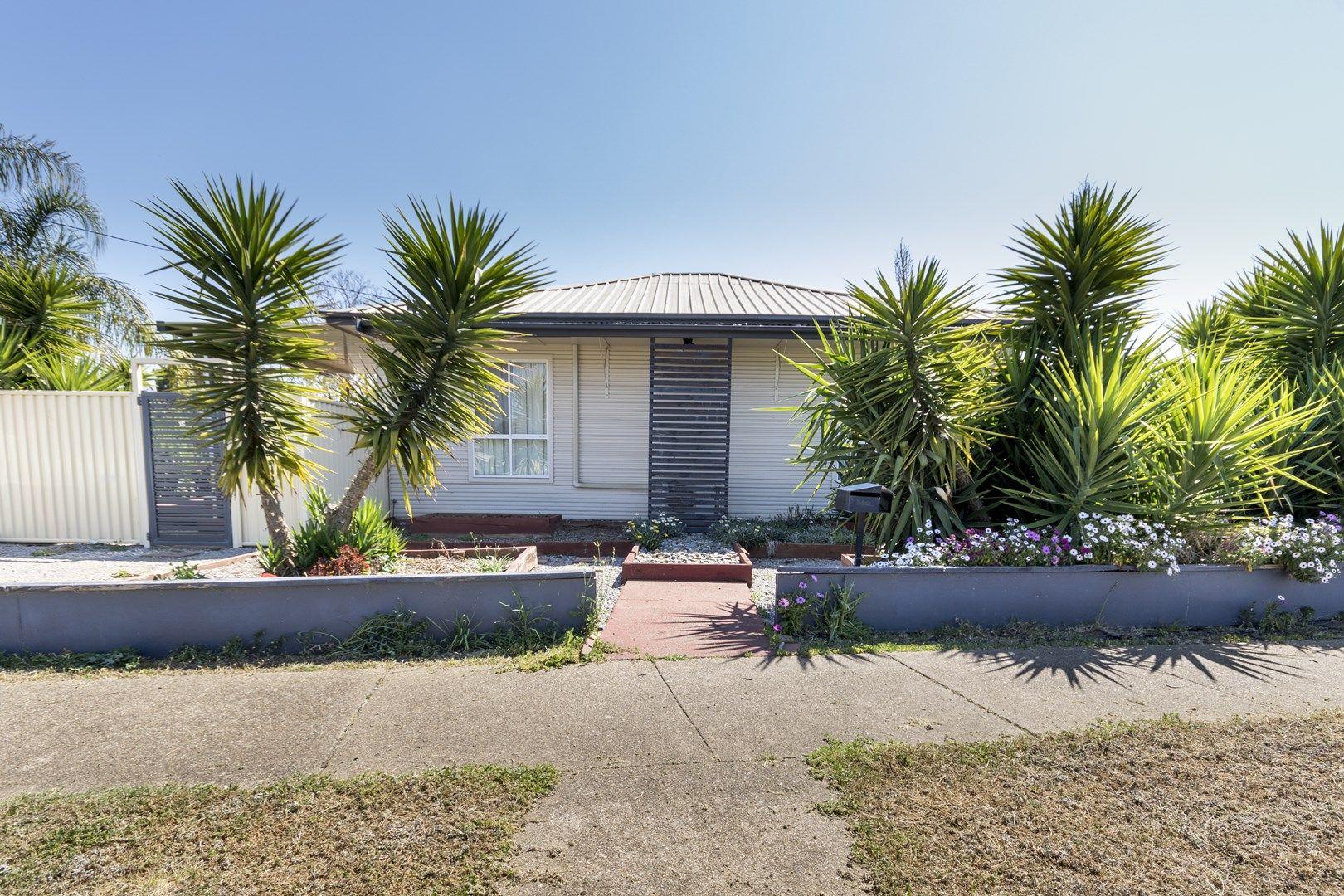 19 Diane Street, Tamworth NSW 2340, Image 0