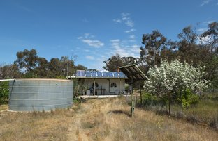 Picture of 36 Racecourse Road, Stuart Mill VIC 3478