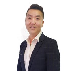 Chris Kim, Sales Consultant