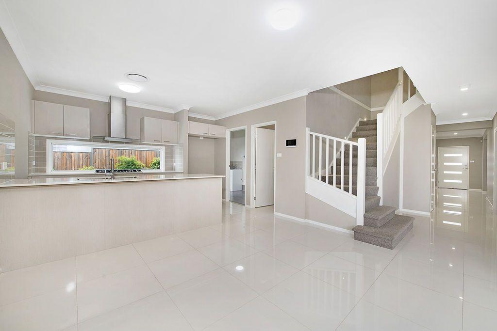 9 St Mirren Avenue, North Kellyville NSW 2155, Image 2