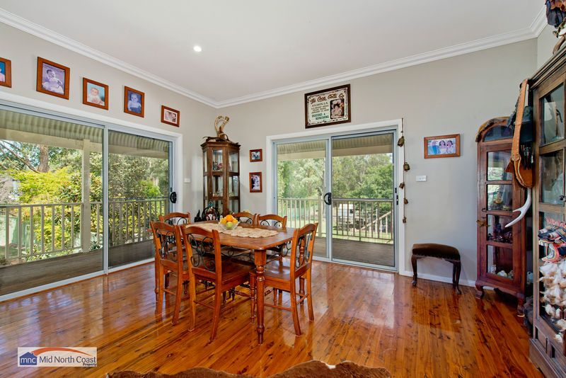 10 Springhill Place, Lake Cathie NSW 2445, Image 2