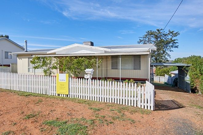 Picture of 56 Prince Street, JUNEE NSW 2663