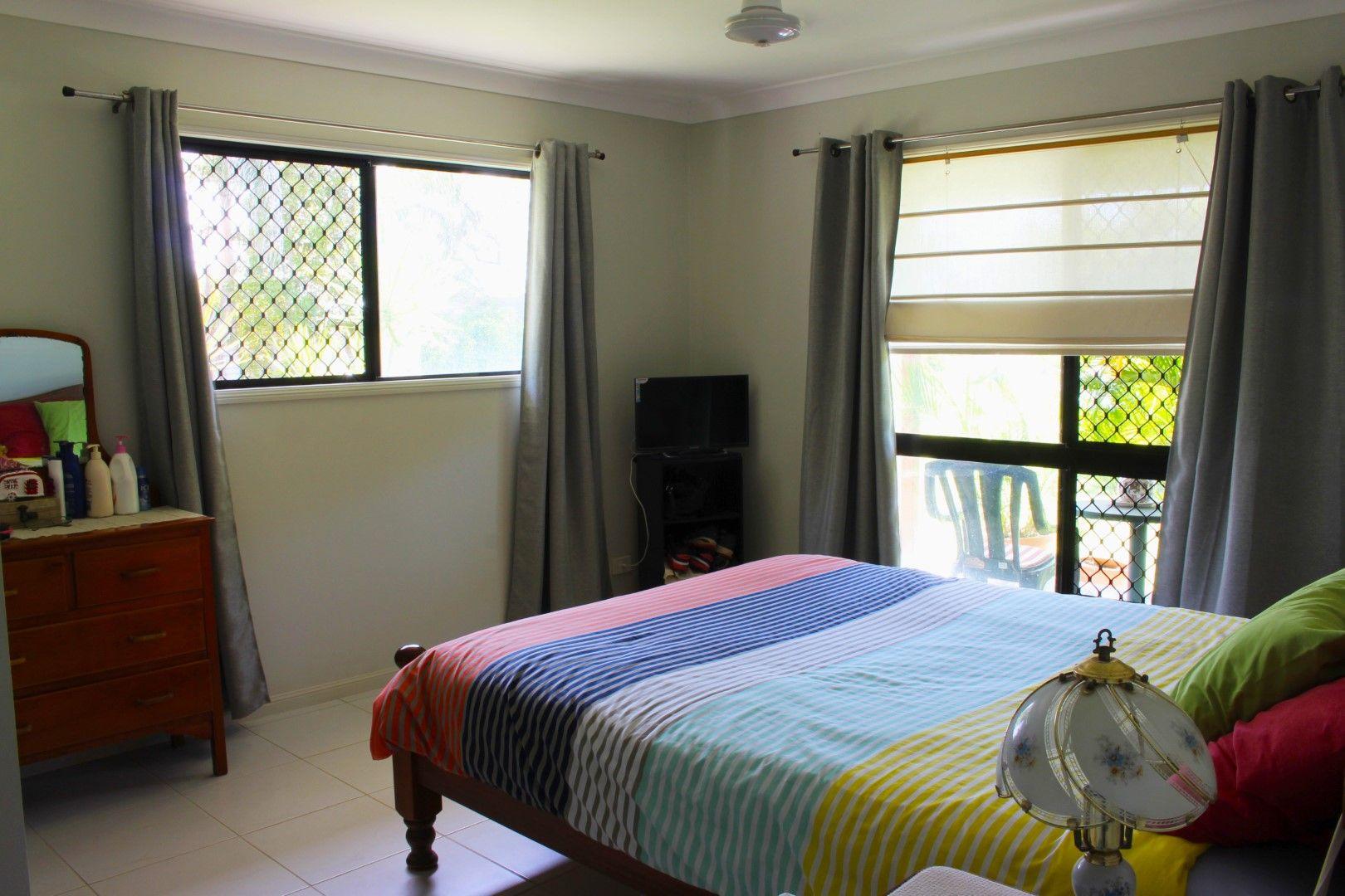59 Estate Avenue, Toll QLD 4820, Image 2
