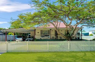 Picture of 24 Crescent Avenue, Hope Island QLD 4212