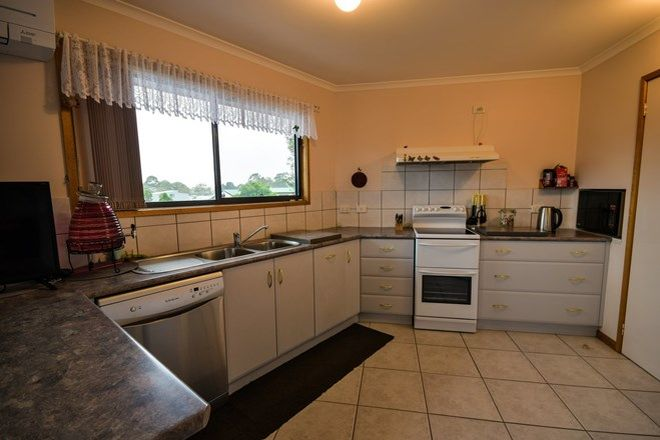 Picture of 6 Horizon Way, NEWLANDS ARM VIC 3875