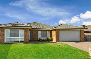 Picture of 8 Golden Wattle Court, Cranbourne VIC 3977