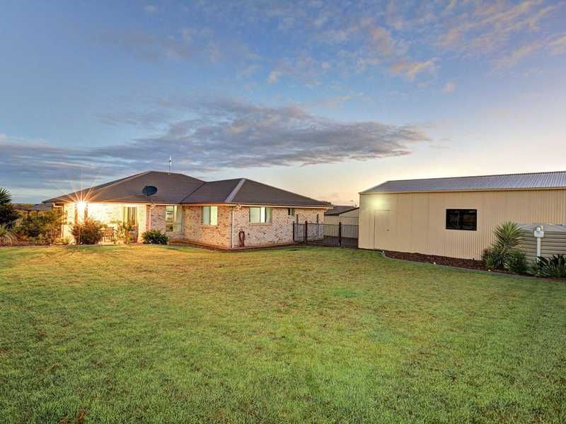 3 Outlook Court, ASHFIELD QLD 4670, Image 1