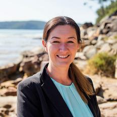 Jessica Walsh, Sales representative