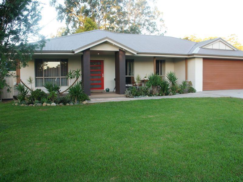 8 Hoskins St, Nabiac NSW 2312, Image 0