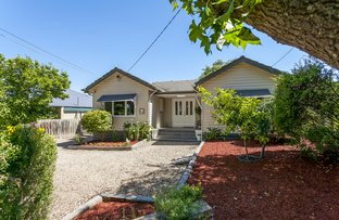 Picture of 7 Ross Crescent, Heathmont VIC 3135