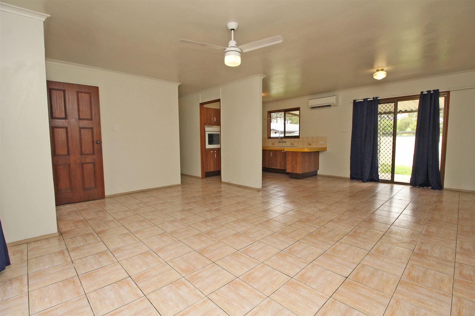 3 Nugent Street, Bellbird Park QLD 4300, Image 1