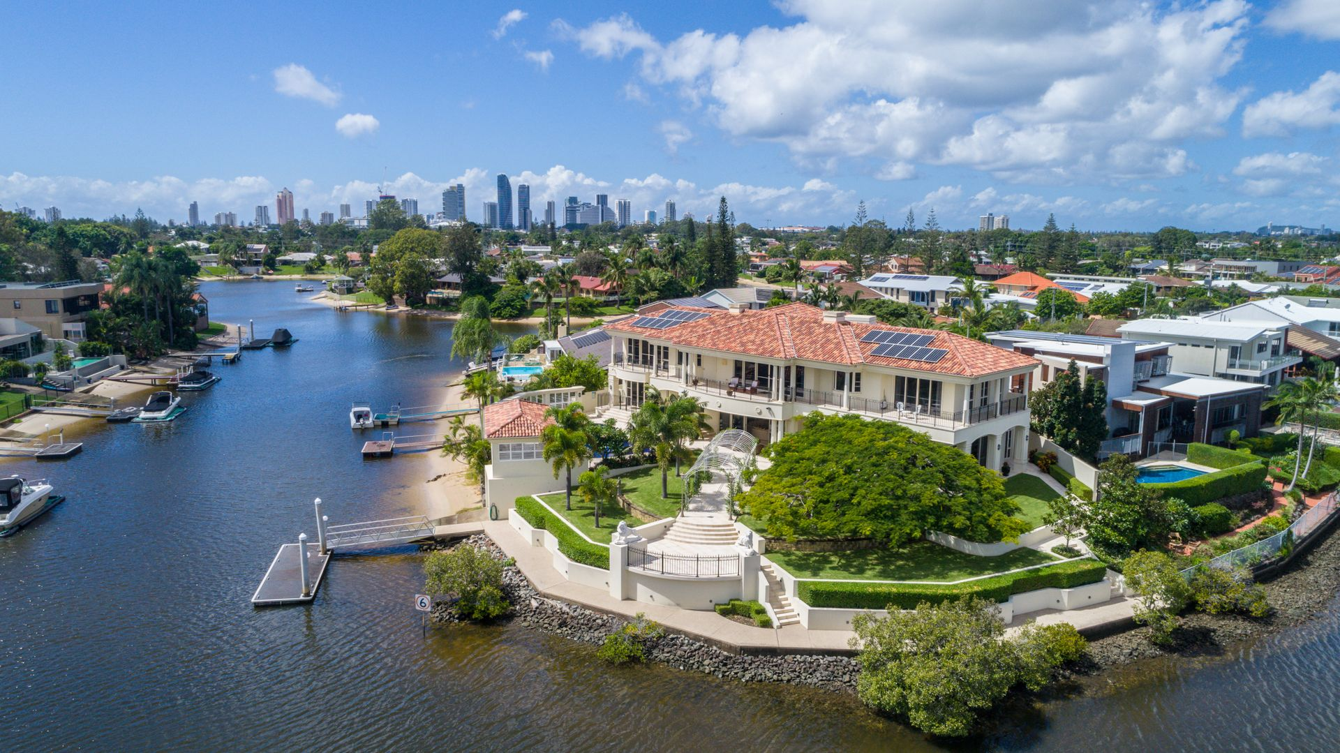 60 Sophie Avenue 'The Palms', Broadbeach Waters QLD 4218, Image 0
