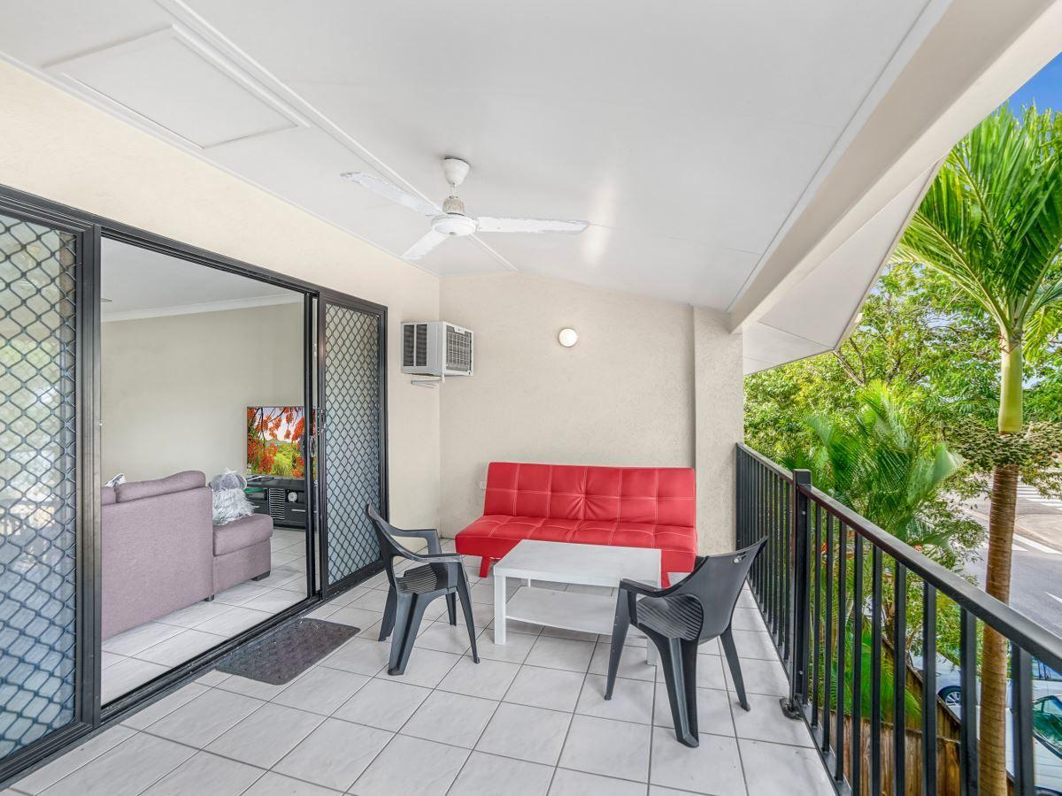 6/14 Short Street, Redlynch QLD 4870, Image 0