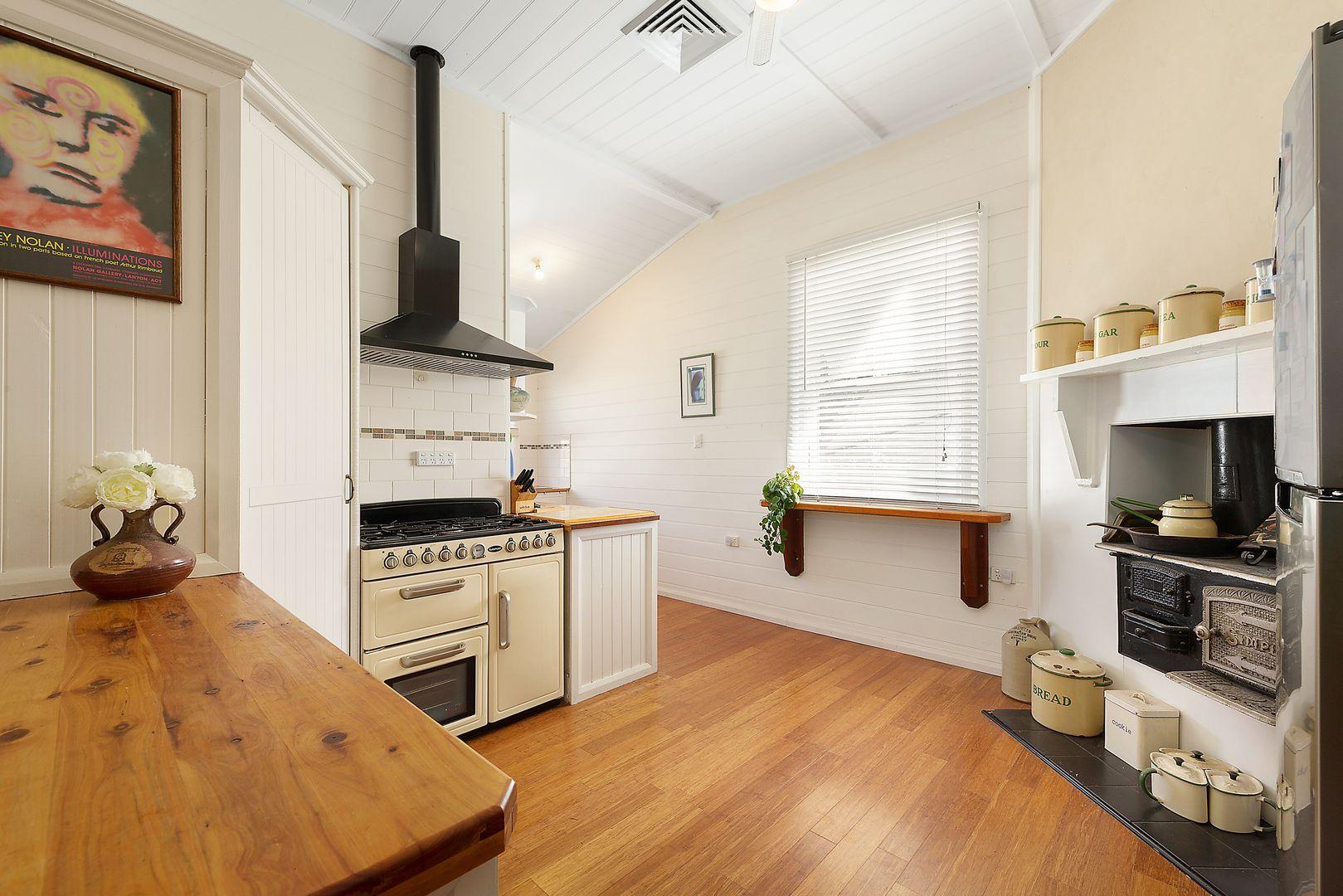 18 Dudley Street, Cessnock NSW 2325, Image 2