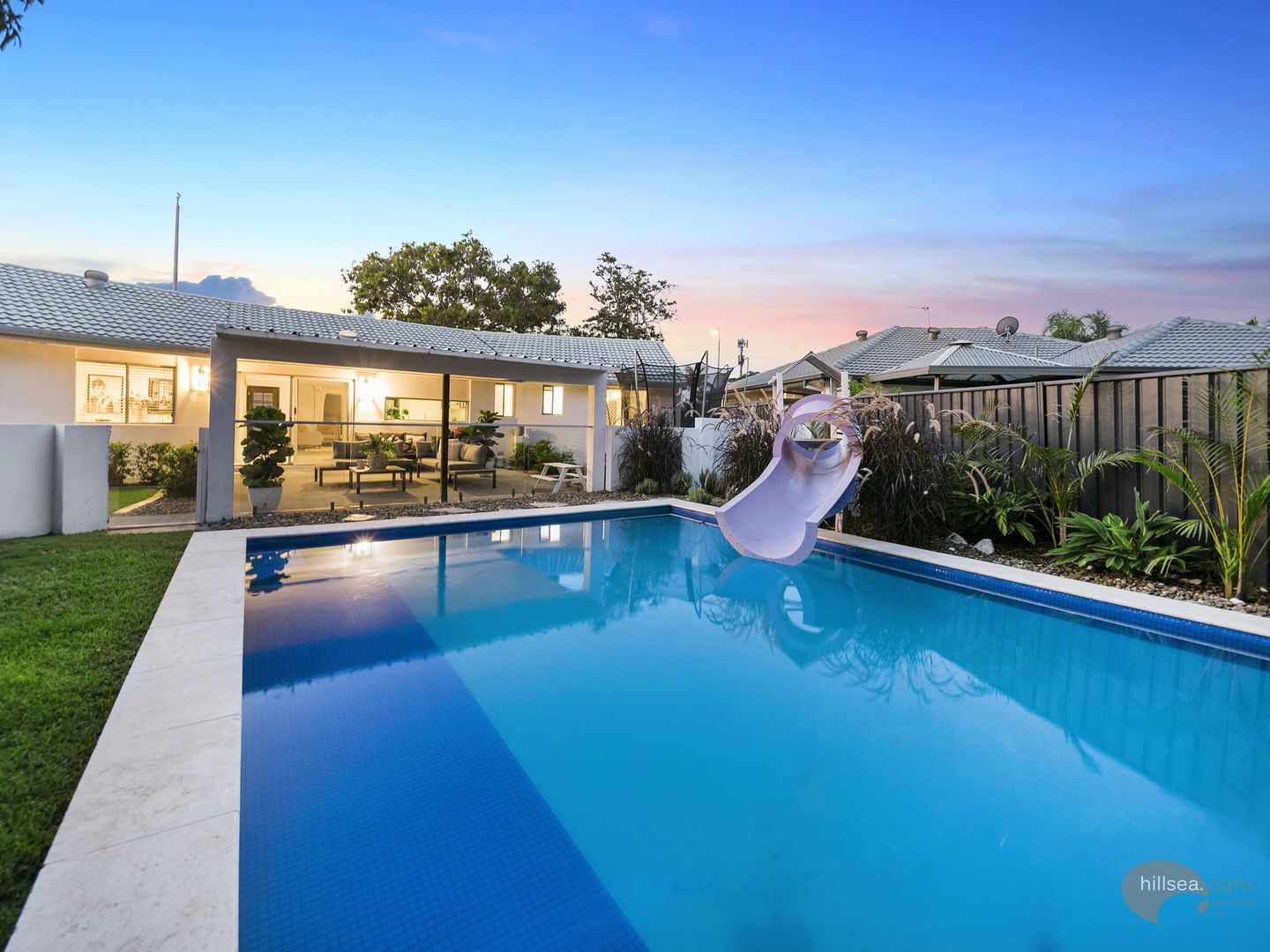 105 Oxley Drive, Paradise Point QLD 4216, Image 0