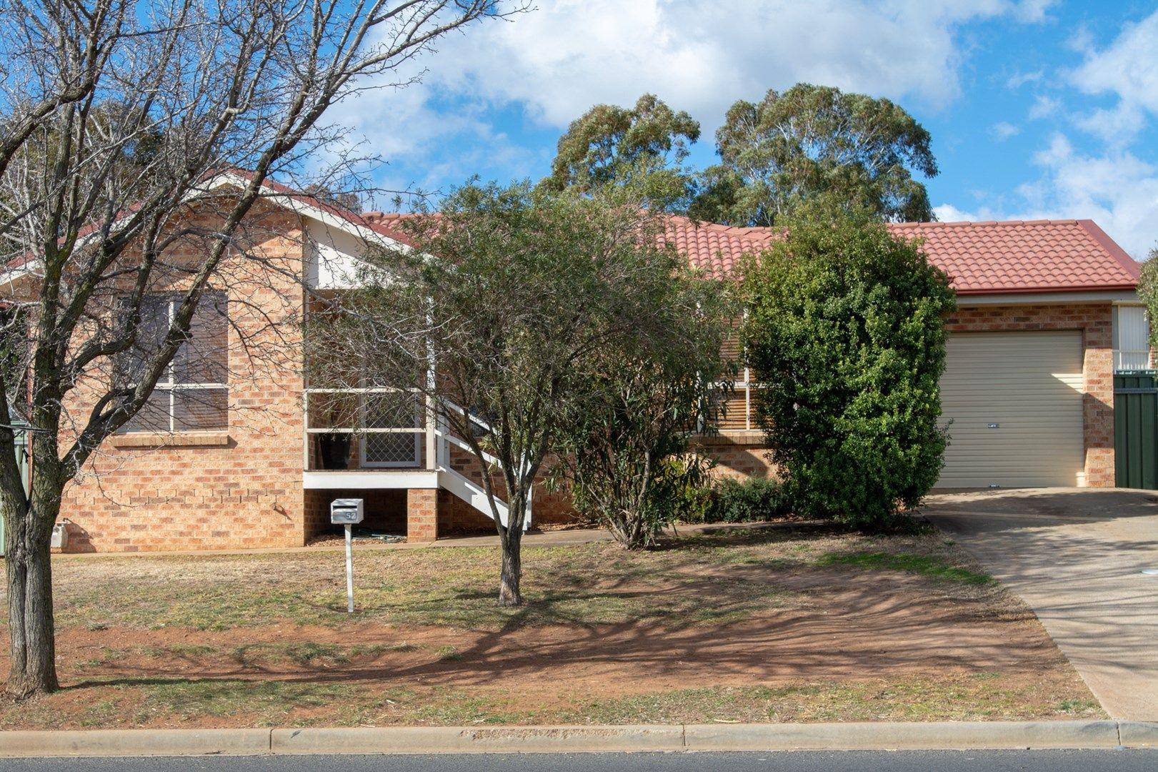 52 ELSHAM AVENUE, Orange NSW 2800, Image 0