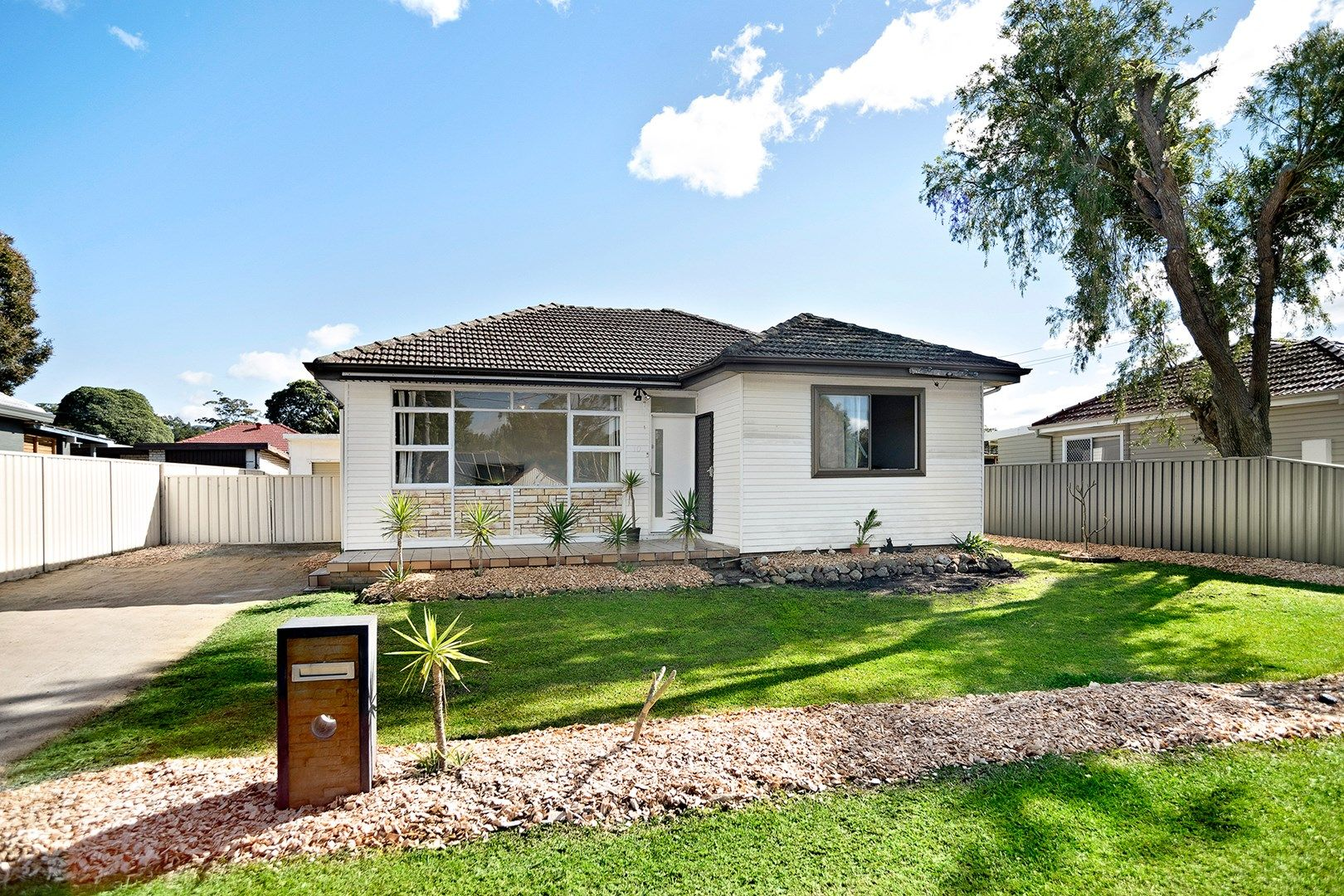10 Lakelands Drive, Dapto NSW 2530, Image 0