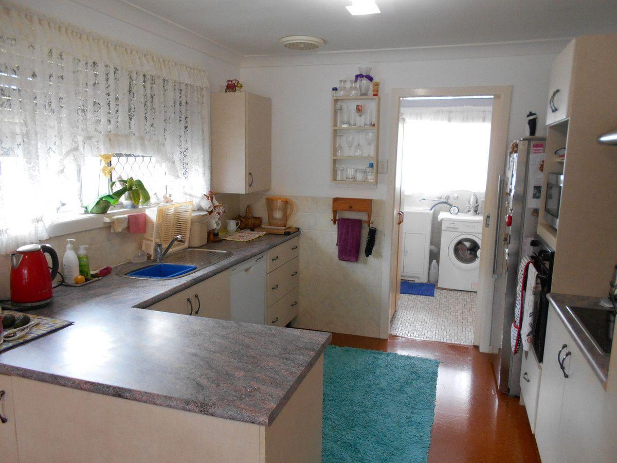 73 Spowers Street, Bongaree QLD 4507, Image 2