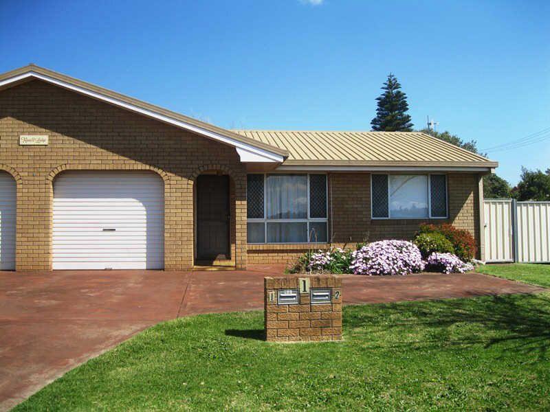 2/1 Richards Court, Kearneys Spring QLD 4350, Image 0