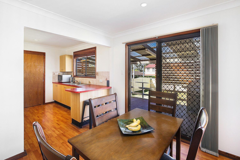 110 Kerry Crescent, Berkeley Vale NSW 2261, Image 2