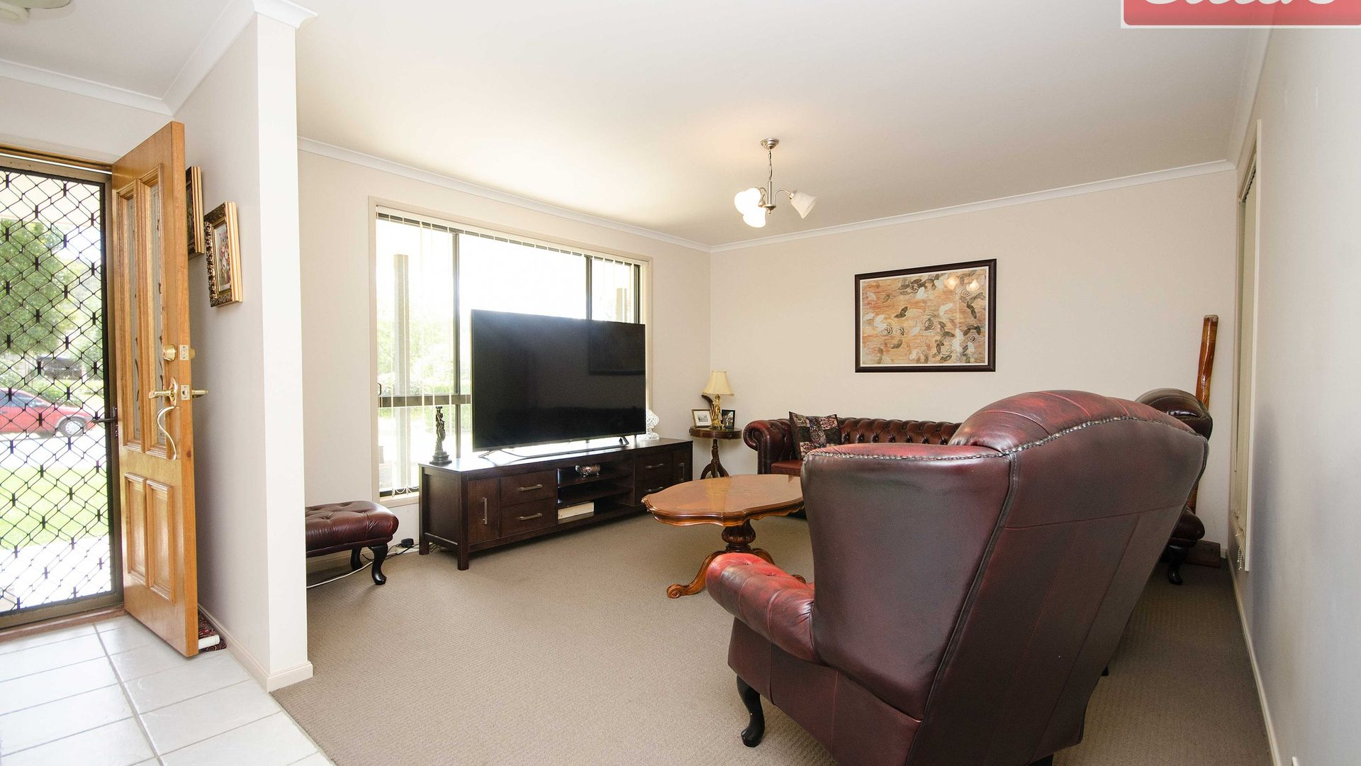 19 Wattle Way, West Albury NSW 2640, Image 2