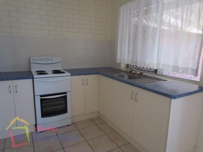 3/4 Jubilee Street, Mackay QLD 4740, Image 2