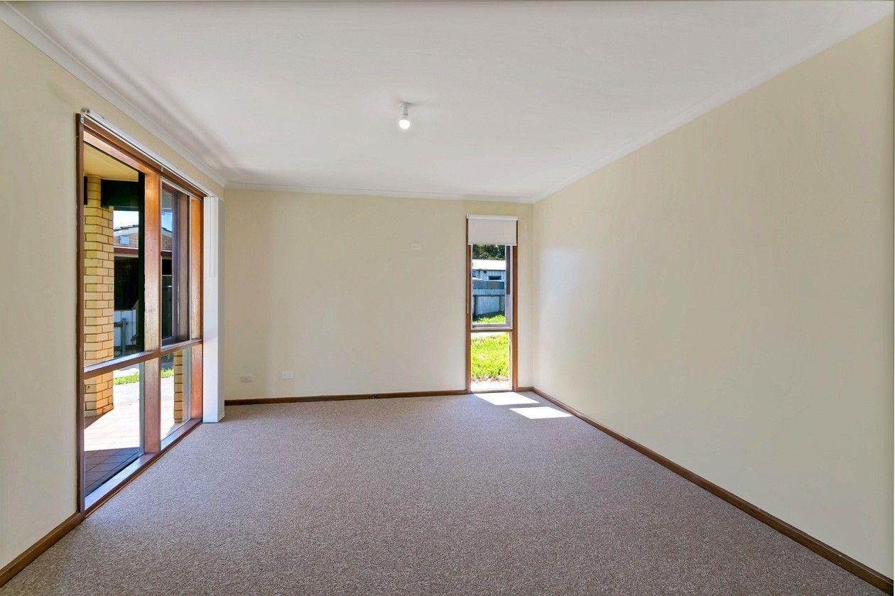 4 Duffy Court, Parafield Gardens SA 5107, Image 1