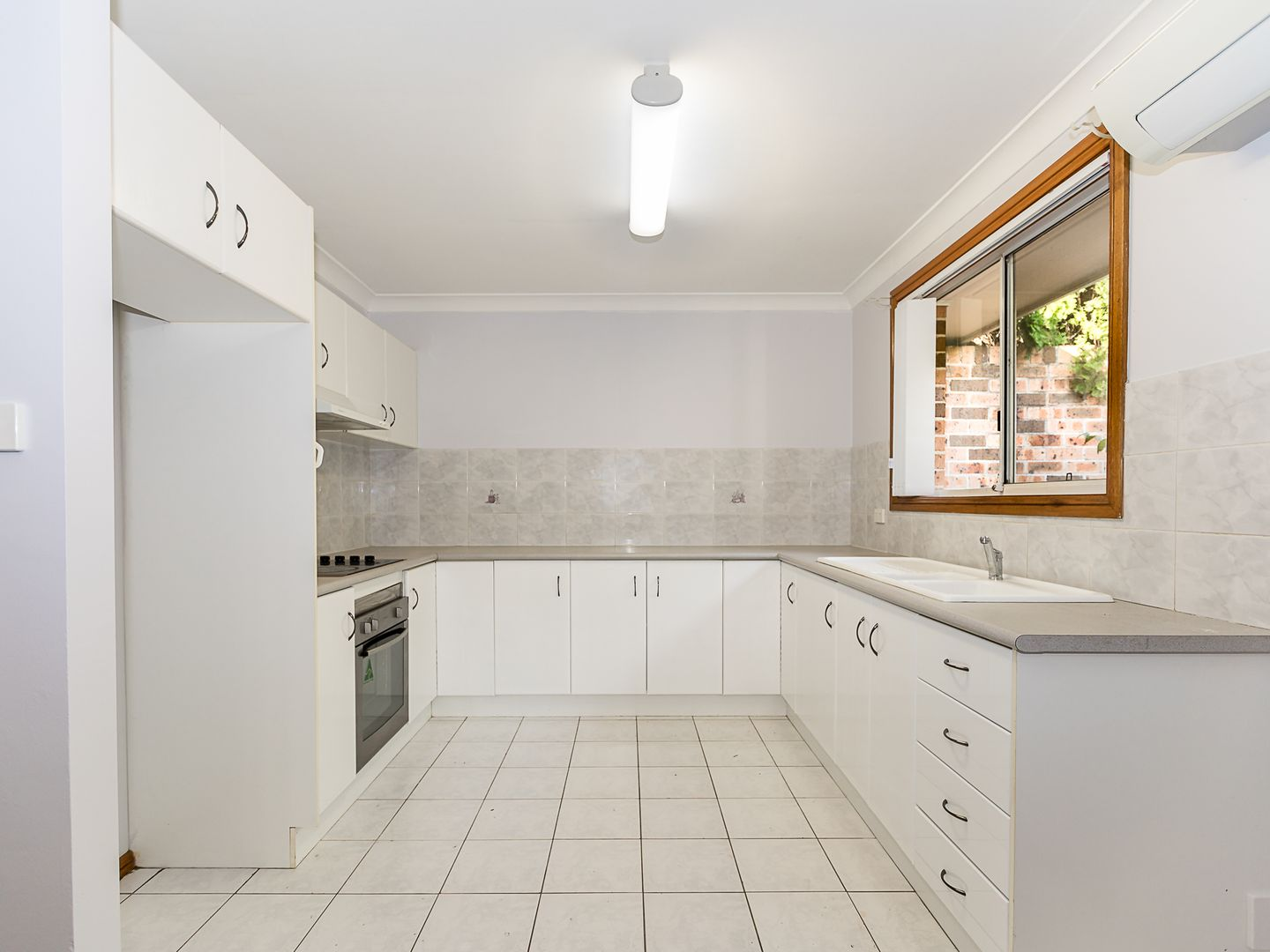 2/10 Alsop Place, Bligh Park NSW 2756, Image 2