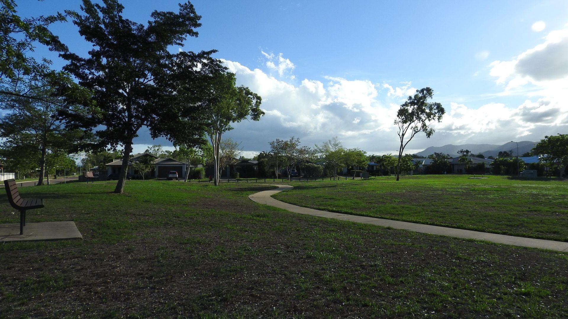 5 Peregrine Avenue, Kelso QLD 4815, Image 12